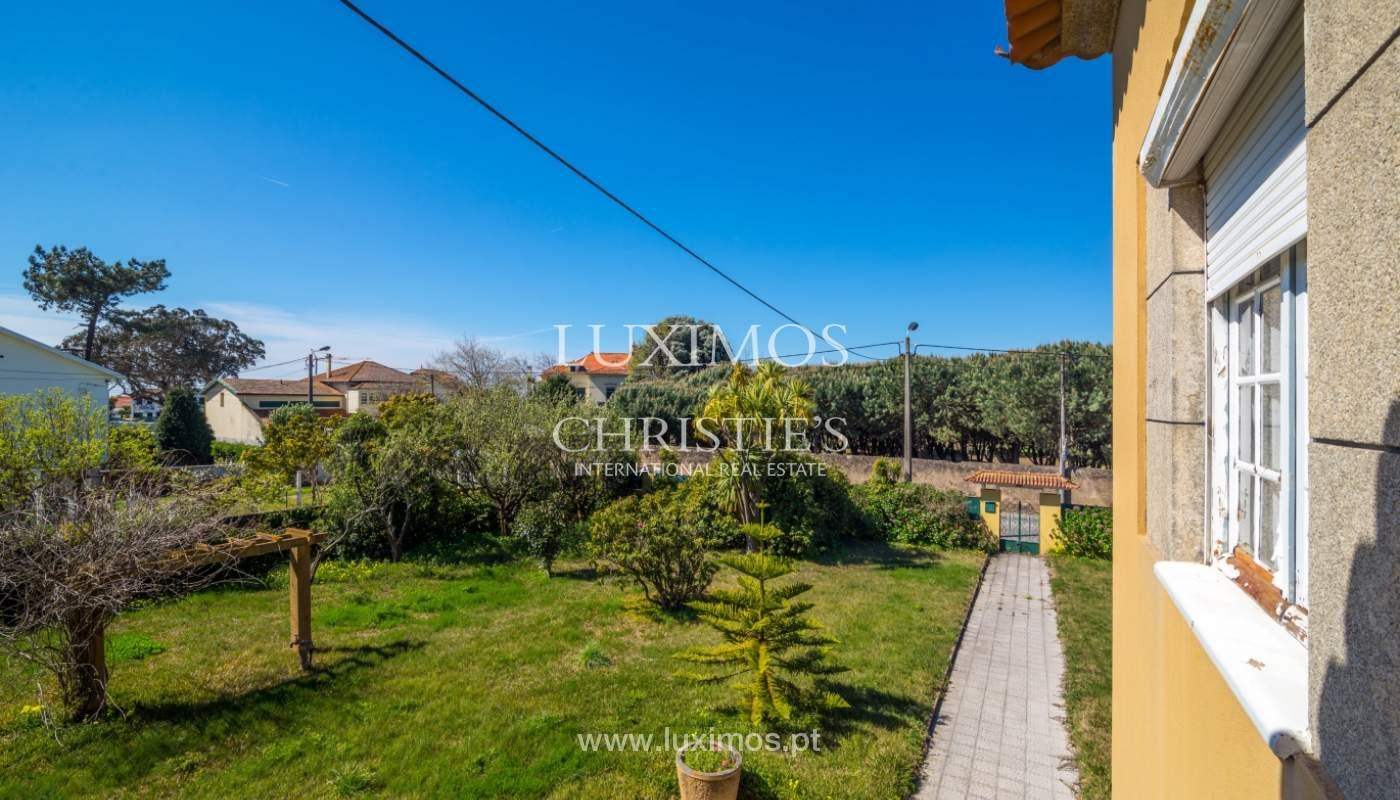 Venda de moradia para restauro, junto da praia, Vila Nova de Gaia_100117