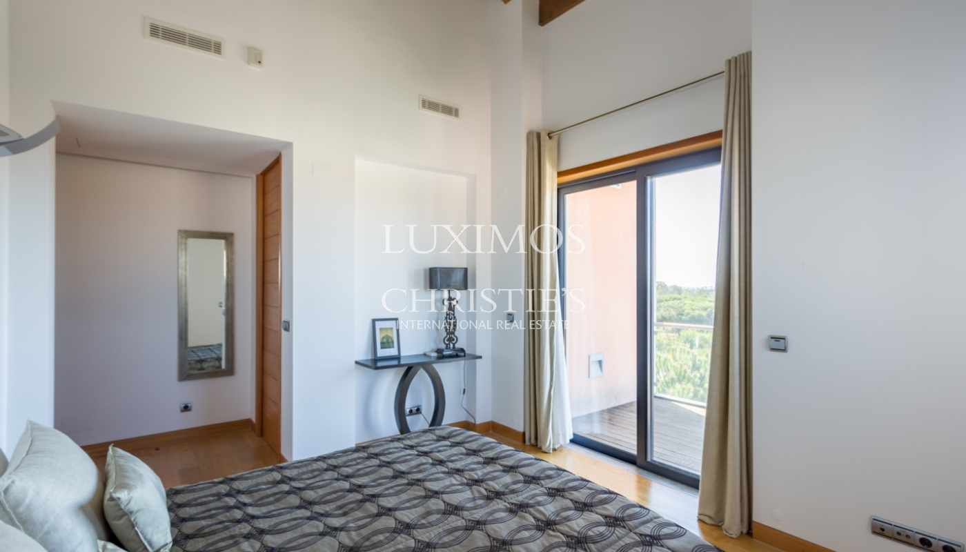 Sale of apartment with golf view in Vale do Lobo, Algarve, Portugal_100129