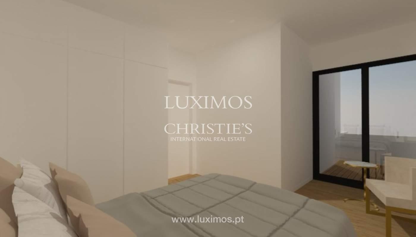 Apartamento nuevo y moderno para la venta en Porto, Portugal_100304