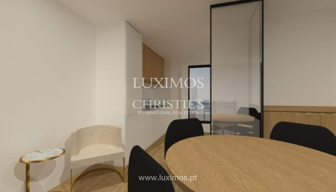 Apartamento nuevo y moderno para la venta en Porto, Portugal_100308