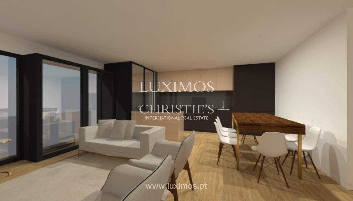 Apartamento nuevo y moderno para la venta en Porto, Portugal_100402