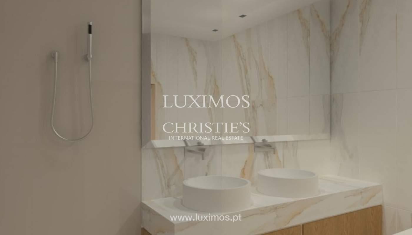Apartamento nuevo y moderno para la venta en Porto, Portugal_100518