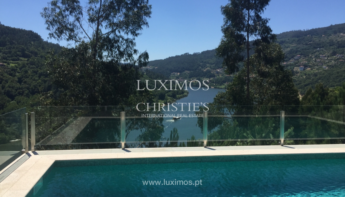 Sale of villa with pool and views to Douro, Marco Canaveses, Portugal_100630