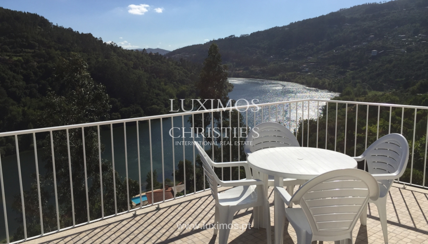 Sale of villa with pool and views to Douro, Marco Canaveses, Portugal_100637