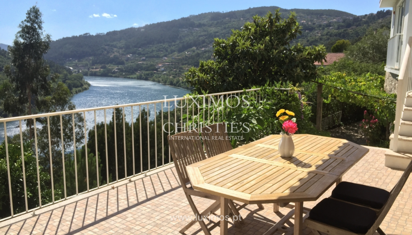 Sale of villa with pool and views to Douro, Marco Canaveses, Portugal_100639