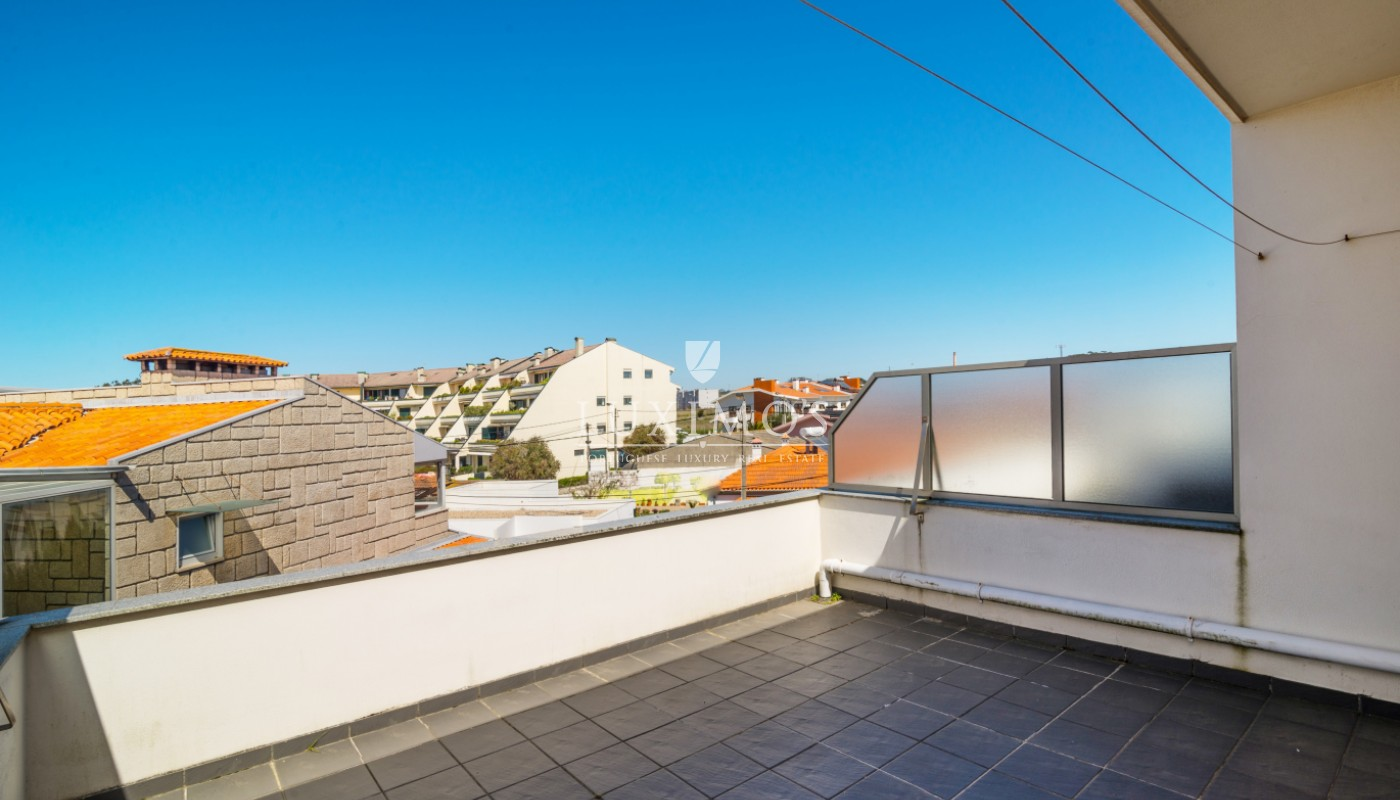 Sale of house with garden and terrace, Vila Nova de Gaia_100698