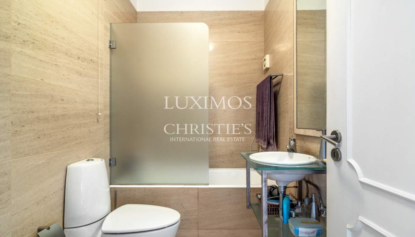Appartement avec balcon à vendre dans quartier résidentiel de Porto, Portugal_101002