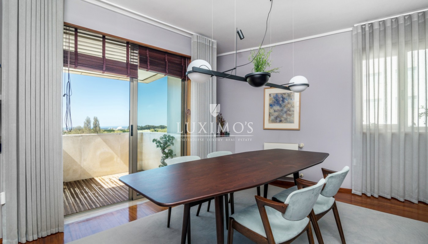 Sale of apartment with ocean views, next to city park, Porto, Portugal_101064