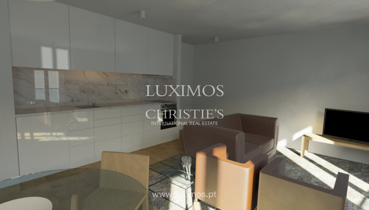 Sale of building with approved project, in downtown Porto, Portugal_101096