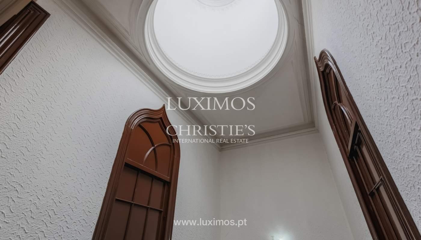 Venda de moradia em localização central, Boavista, Porto_101108