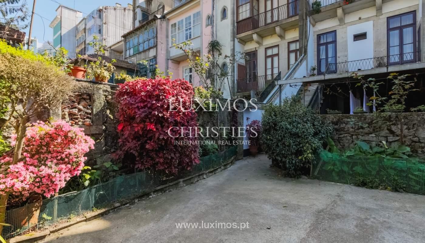 Venda de moradia em localização central, Boavista, Porto_101112