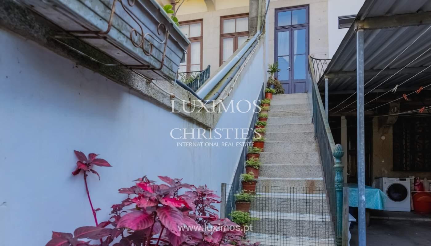 Venda de moradia em localização central, Boavista, Porto_101114