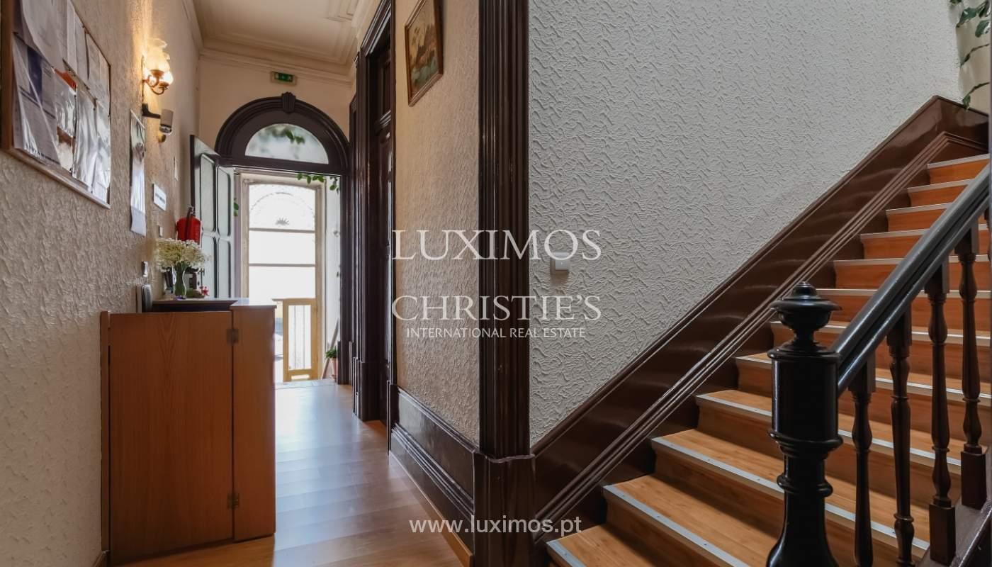 Venda de moradia em localização central, Boavista, Porto_101115