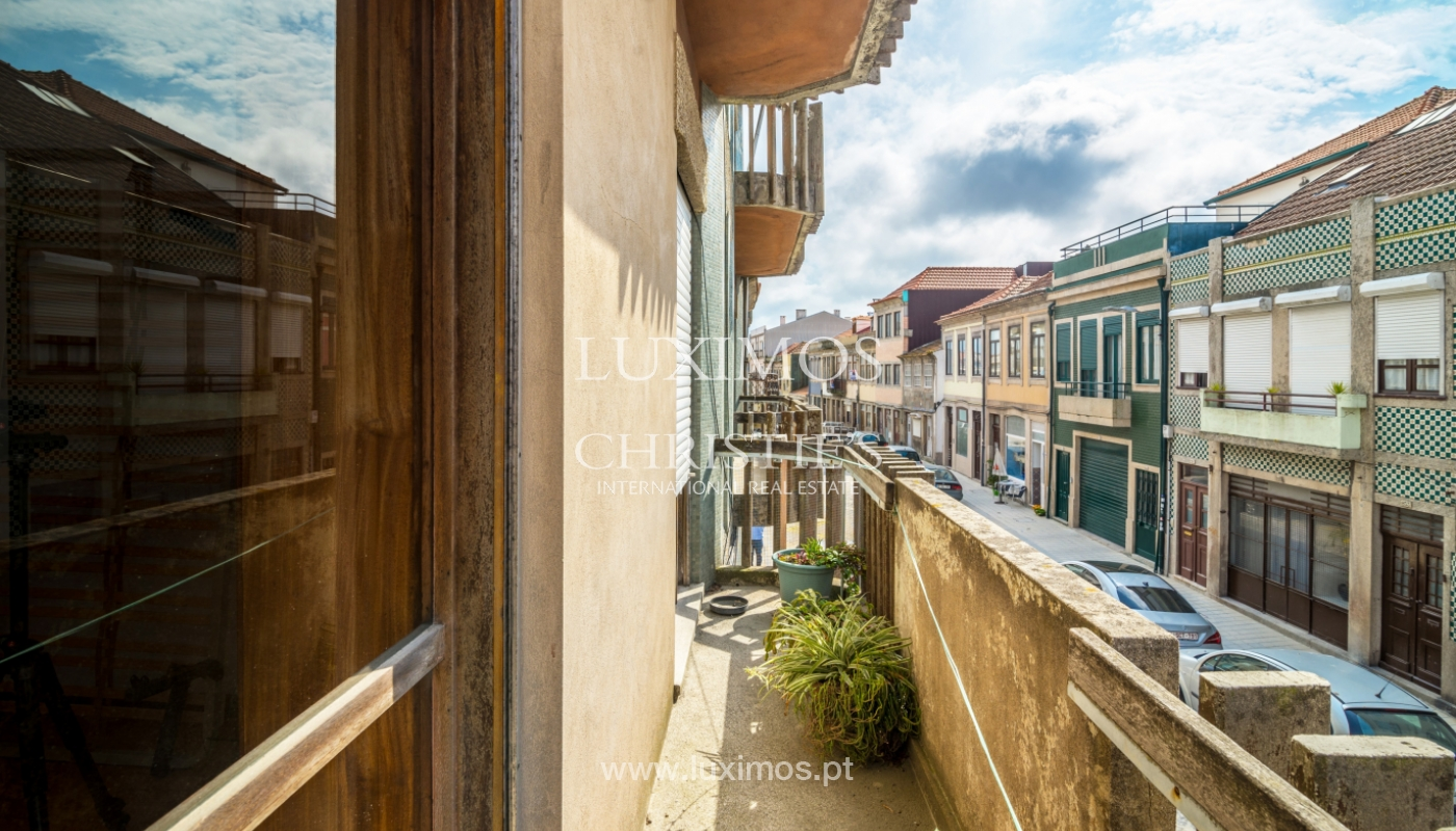 Sale of building with commercial and living area, Porto, Portugal_101145