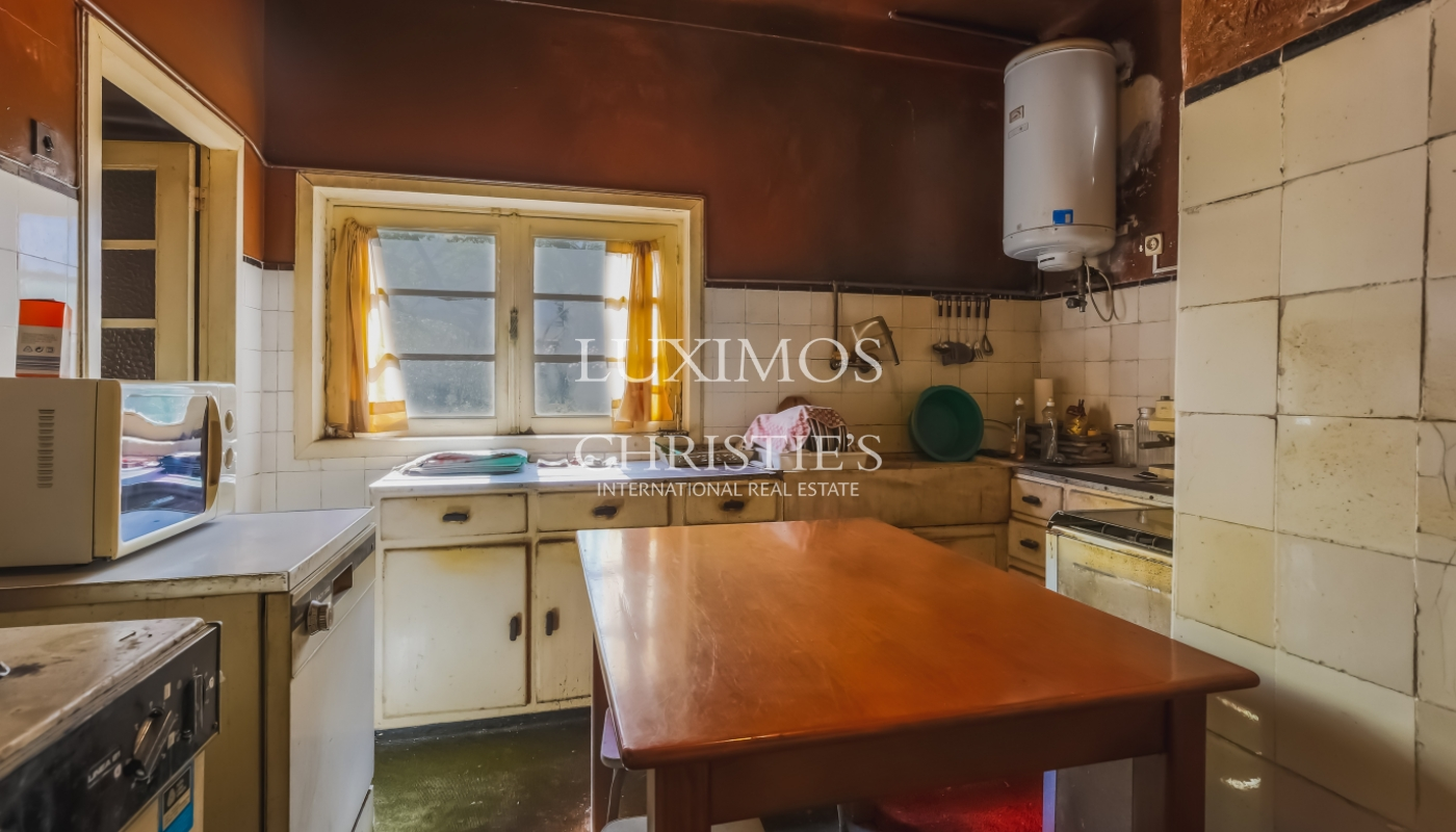 Sale of house with land, for reconstruction, Matosinhos, Portugal_101442
