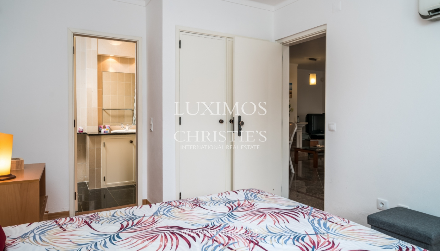 Villa à vendre près du golf à Vilamoura, Algarve, Portugal_101459