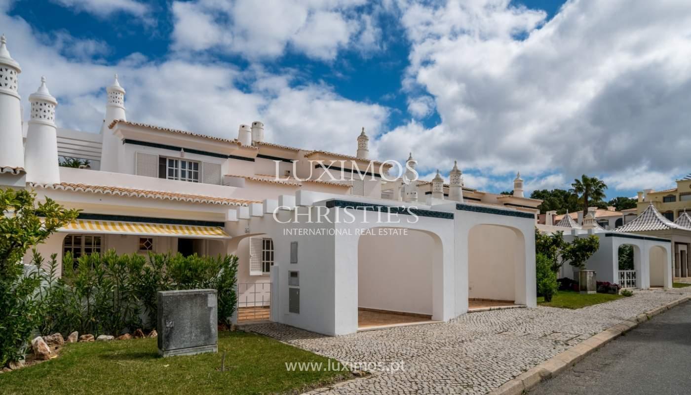 Villa à vendre près du golf à Vilamoura, Algarve, Portugal_101466