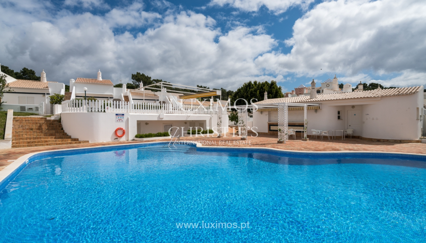 Villa à vendre près du golf à Vilamoura, Algarve, Portugal_101467