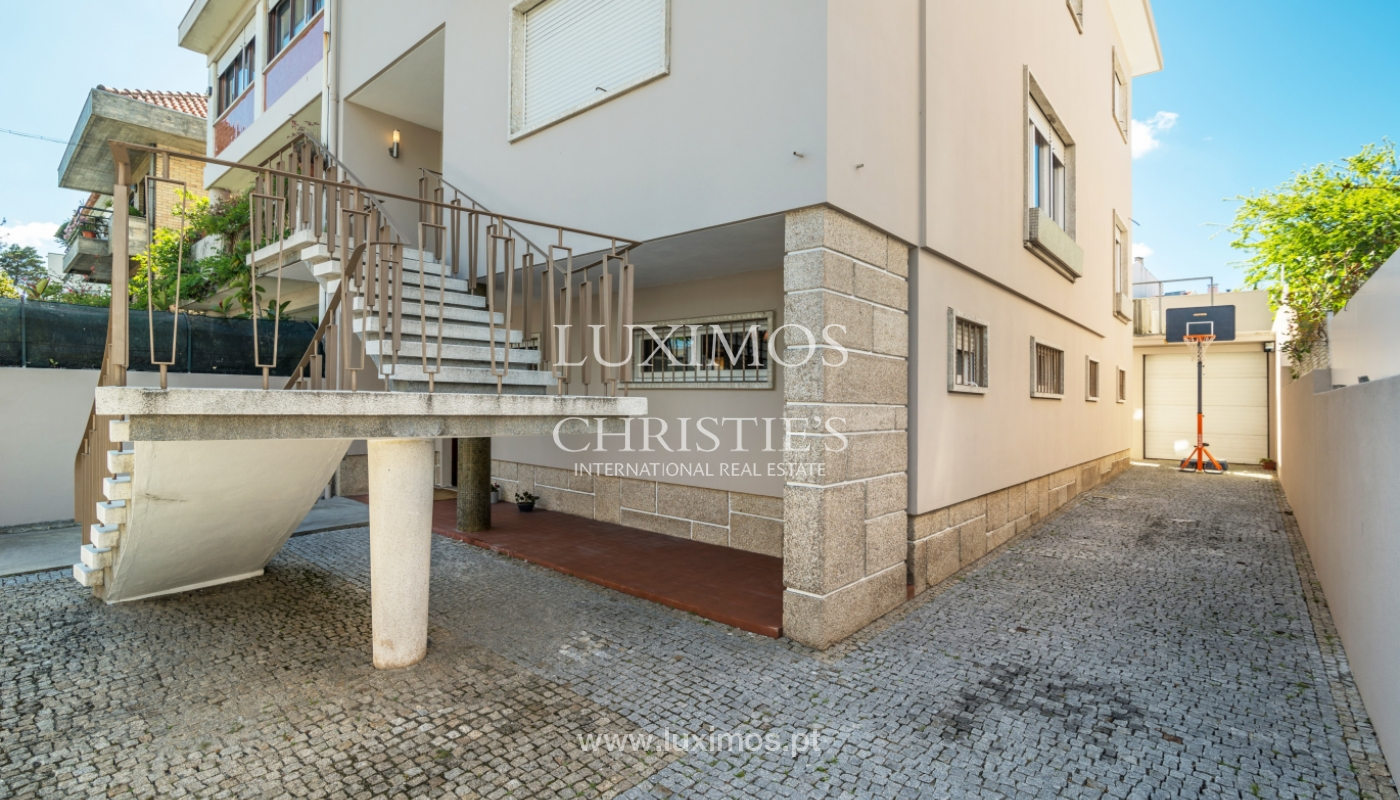 Maison rénovée, avec 3 fronts et jardin à vendre, Antas, Porto, Portugal_101656