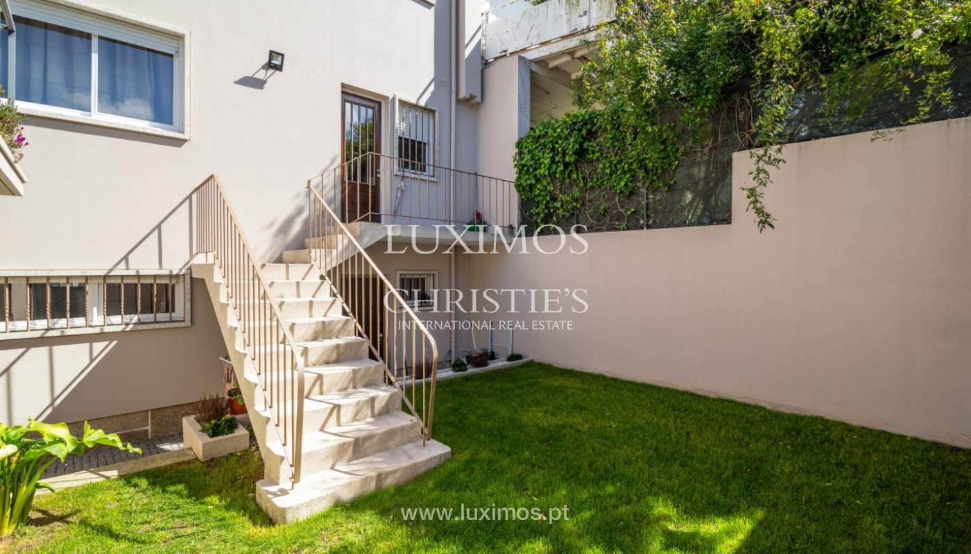 Maison rénovée, avec 3 fronts et jardin à vendre, Antas, Porto, Portugal_101661