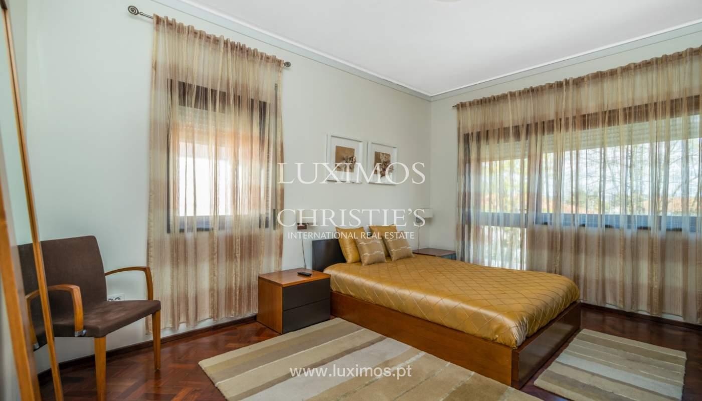 Maison rénovée, avec 3 fronts et jardin à vendre, Antas, Porto, Portugal_101665