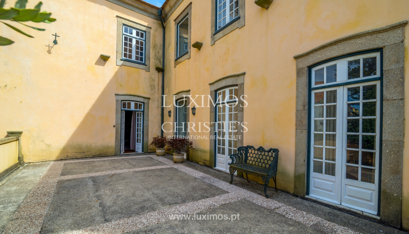 Sale mansion w/ garden and pool, near golf course, V.N. Gaia, Portugal_101787