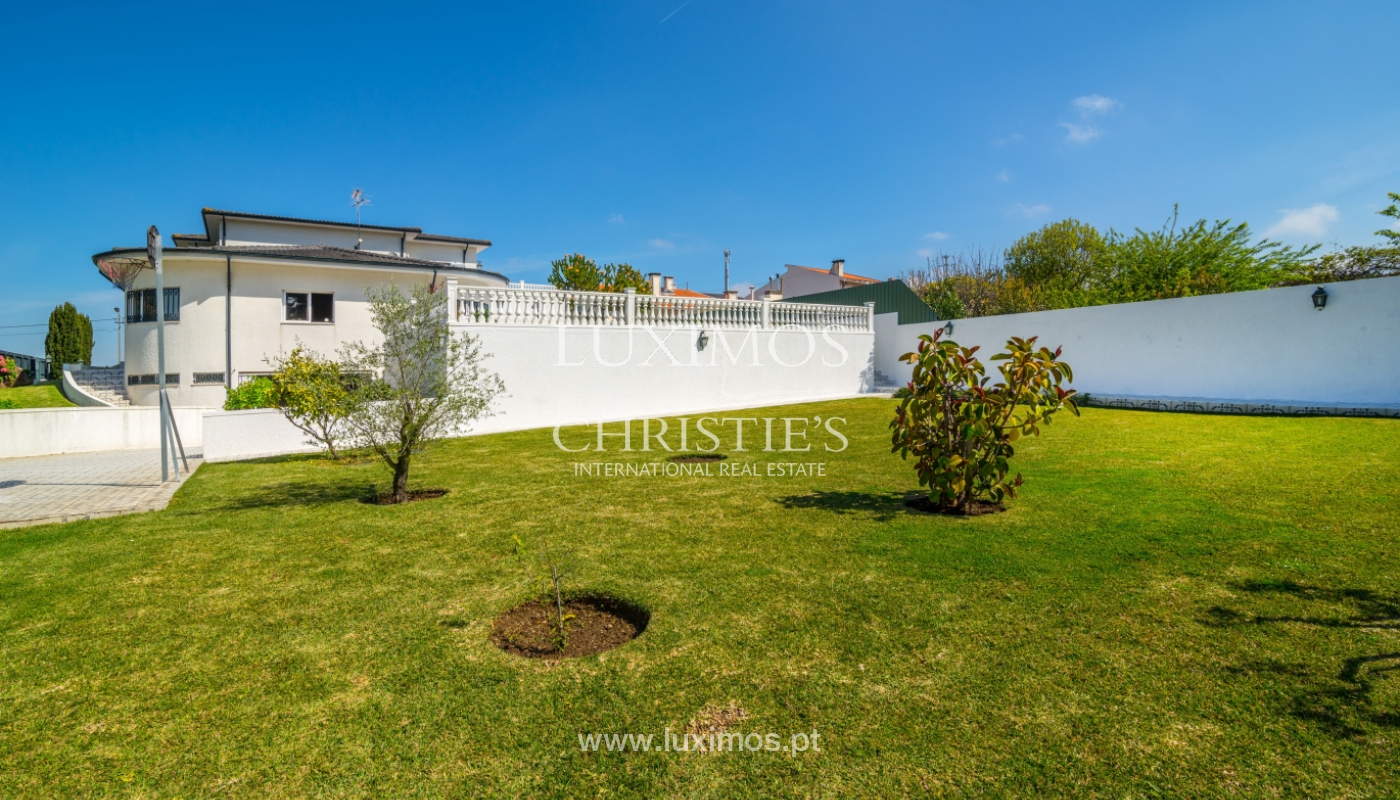 Verkauf von freistehende villa mit Meerblick, nah am Strand, Espinho, Portugal_101820