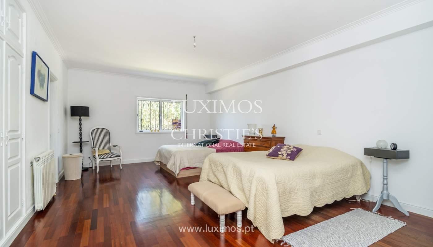 Verkauf von freistehende villa mit Meerblick, nah am Strand, Espinho, Portugal_101821