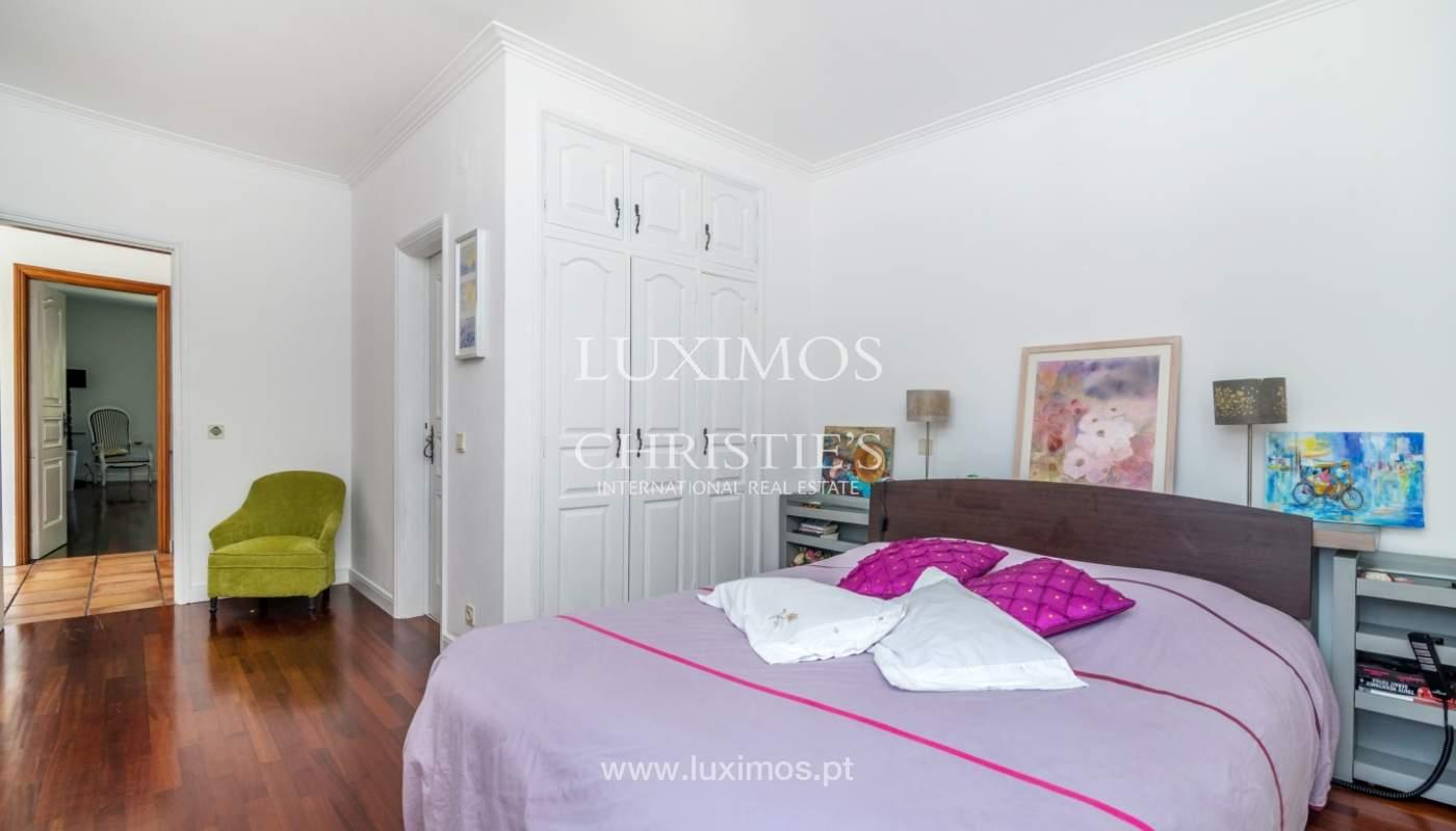 Verkauf von freistehende villa mit Meerblick, nah am Strand, Espinho, Portugal_101824