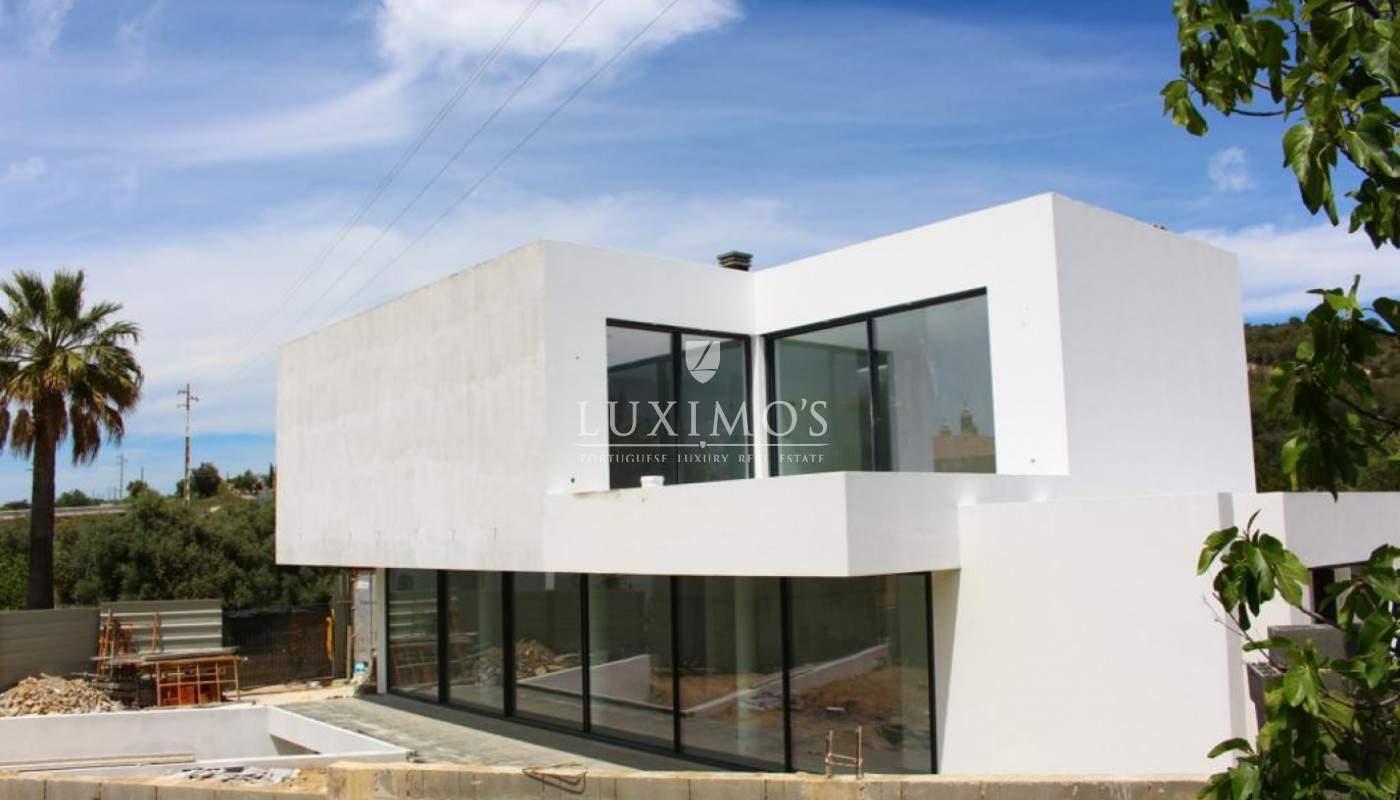 Vivienda nueva de la arquitectura moderna en Loulé, Algarve, Portugal_102142