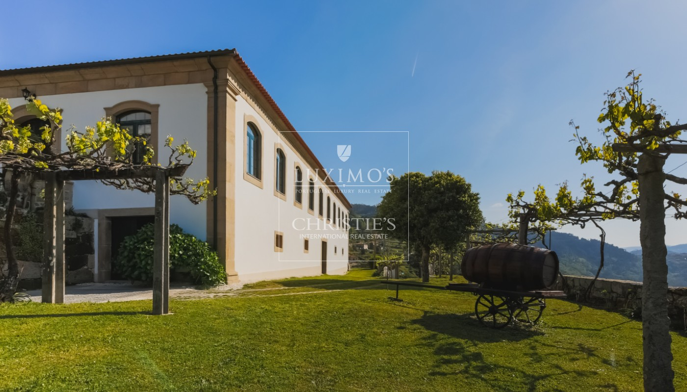 Sale country house with solar and pool, Cinfães do Douro, Portugal_102158