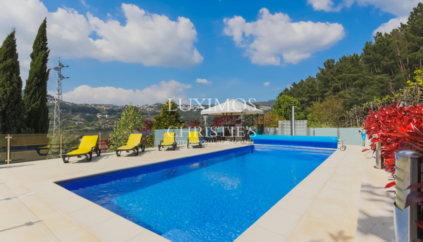 Sale country house with solar and pool, Cinfães do Douro, Portugal_102198