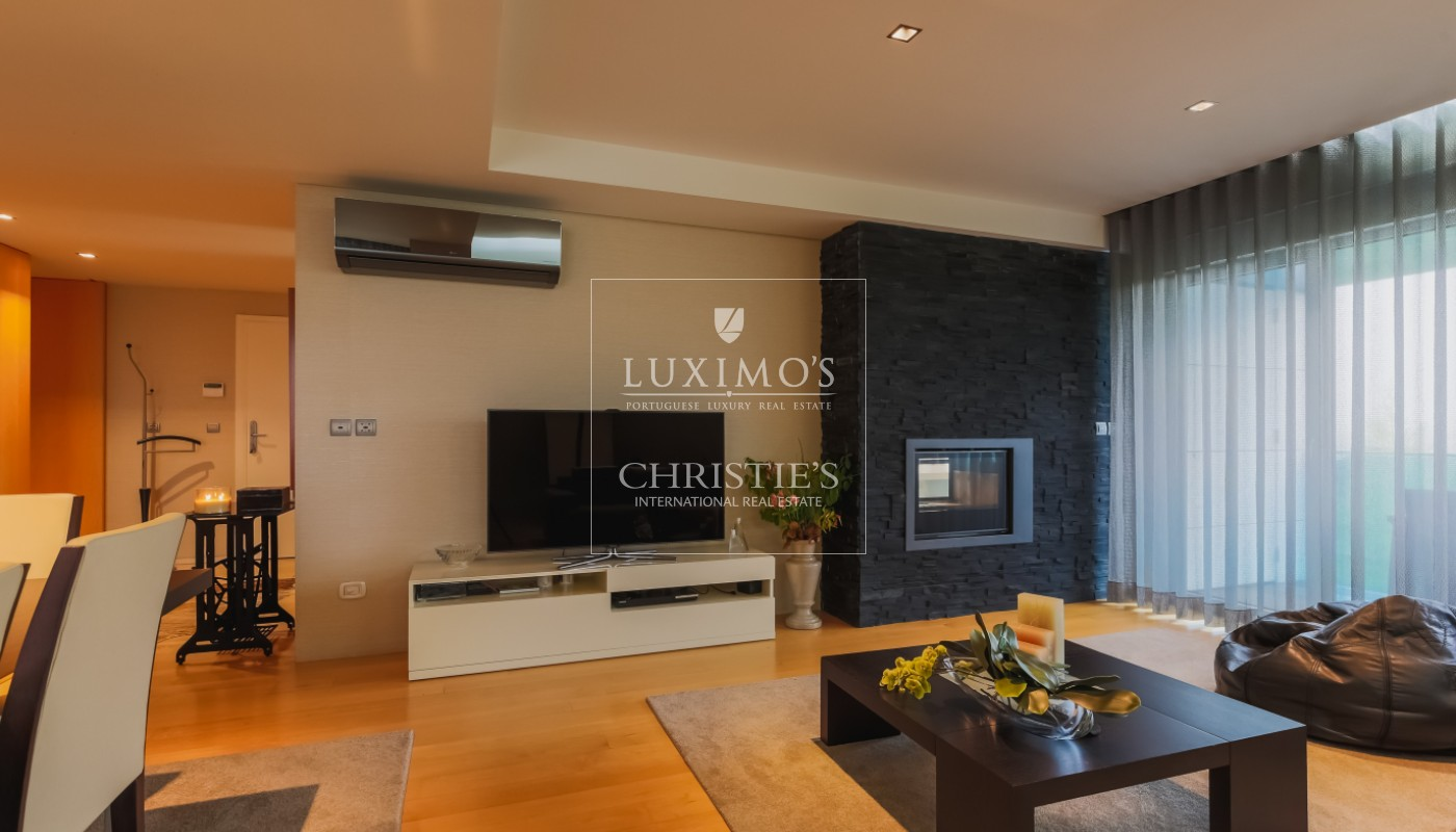 Sale of modern and luxurious apartment, in the center of Maia, Portugal_102240