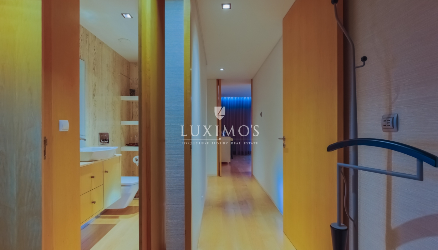Sale of modern and luxurious apartment, in the center of Maia, Portugal_102257