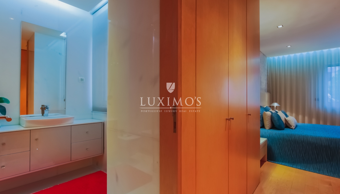 Sale of modern and luxurious apartment, in the center of Maia, Portugal_102267