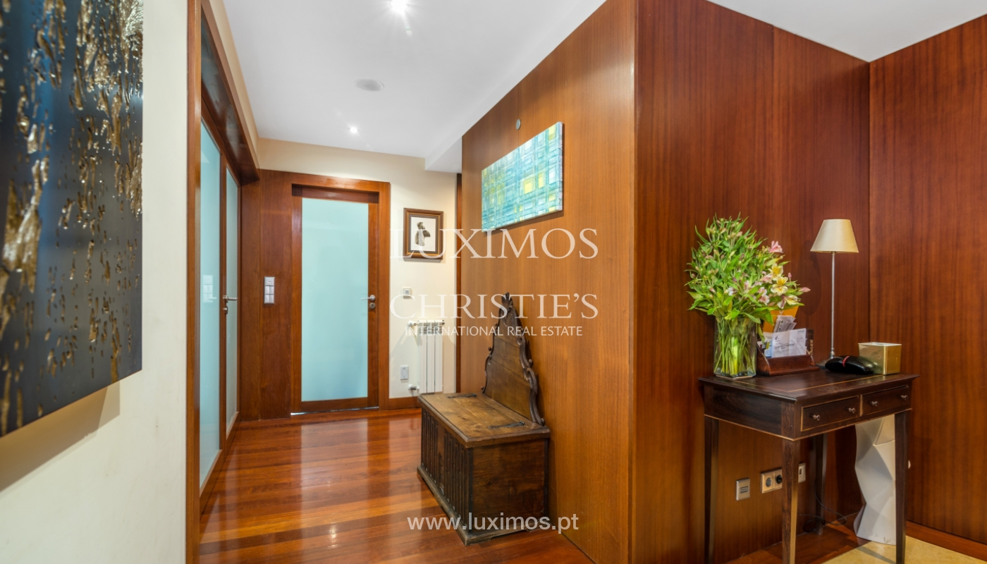 Modern apartment, with balcony, for sale in Porto, Portugal_102273
