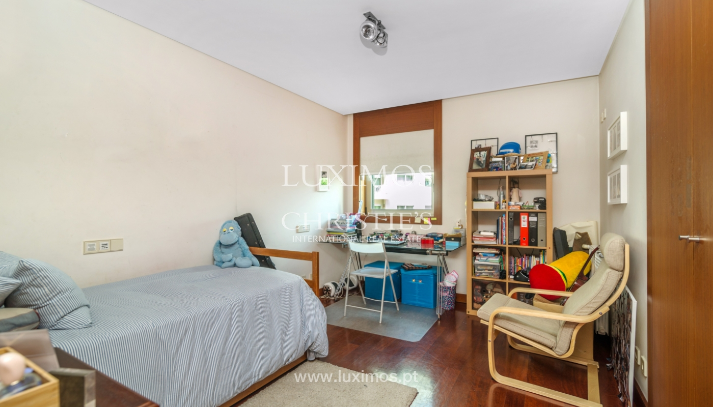 Modern apartment, with balcony, for sale in Porto, Portugal_102285