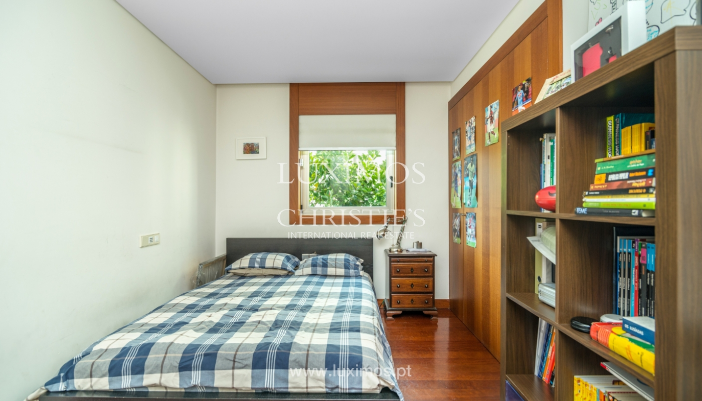 Modern apartment, with balcony, for sale in Porto, Portugal_102289