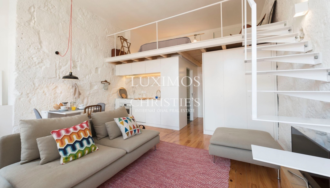 Sale of charming apartment in central location, Porto, Portugal_102450