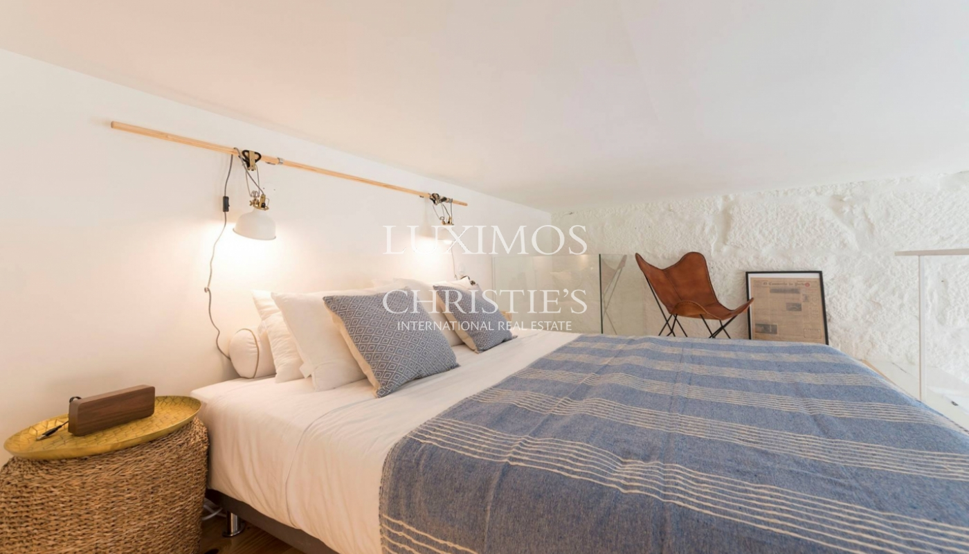 Sale of charming apartment in central location, Porto, Portugal_102462