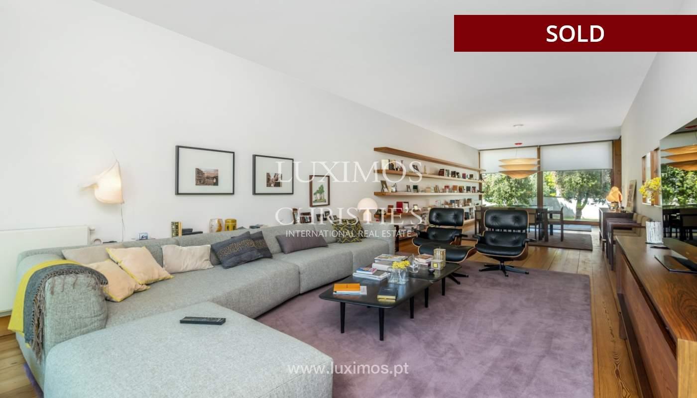 Verkauf eine moderne villa mit großem Garten, Paredes, Portugal_102589
