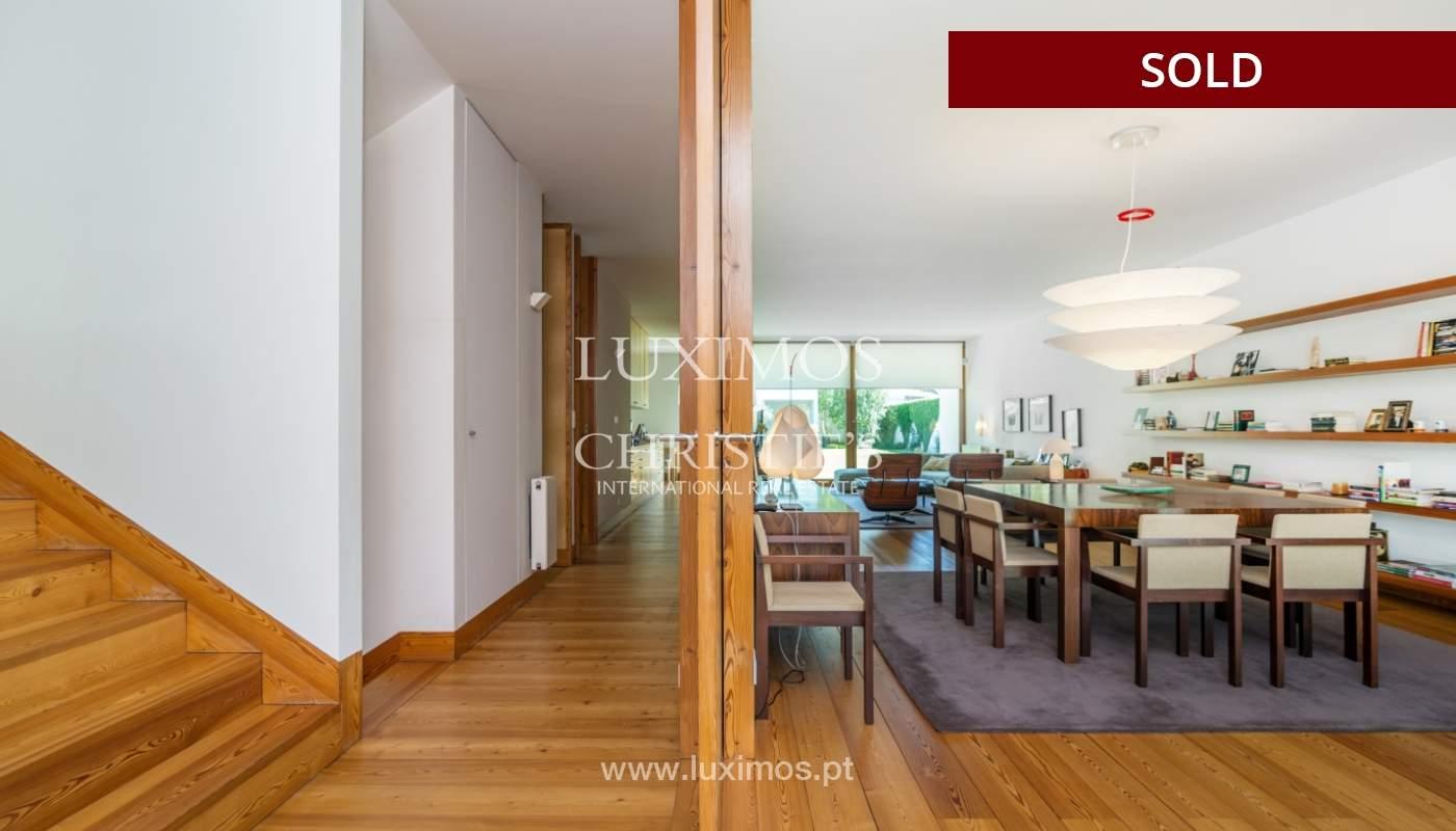 Verkauf eine moderne villa mit großem Garten, Paredes, Portugal_102591