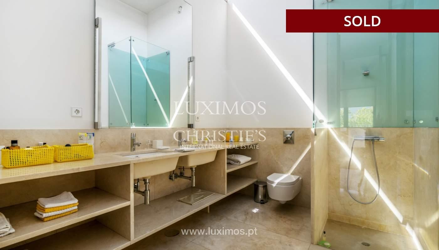 Verkauf eine moderne villa mit großem Garten, Paredes, Portugal_102598