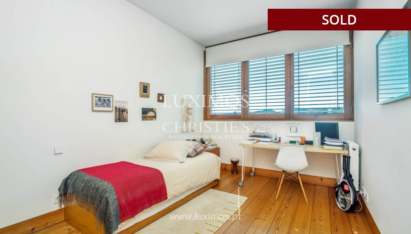 Verkauf eine moderne villa mit großem Garten, Paredes, Portugal_102599