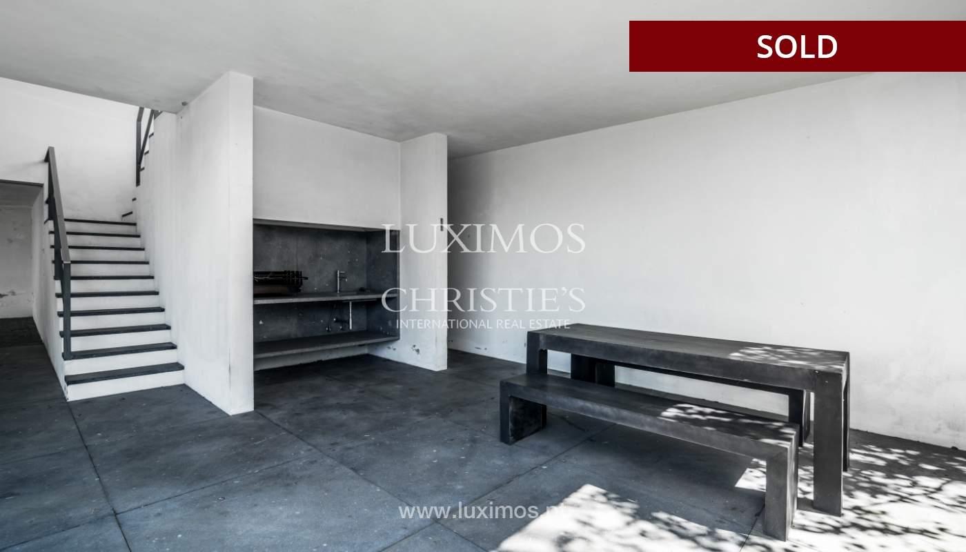 Verkauf eine moderne villa mit großem Garten, Paredes, Portugal_102602