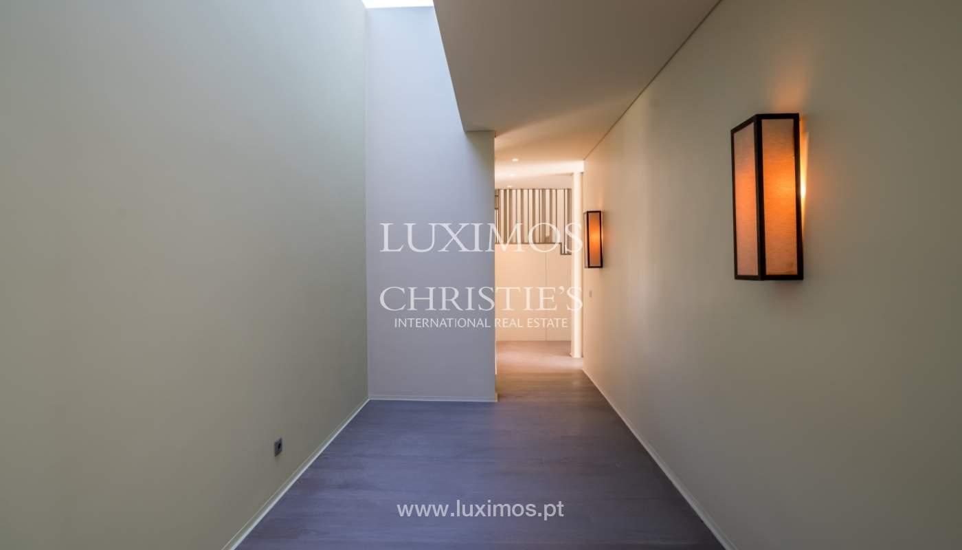 Villa de luxe moderne à vendre avec piscine  à Alvor, Algarve,Portugal_102610