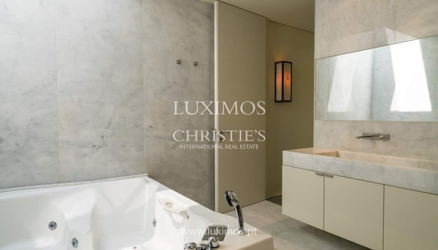 Villa de luxe moderne à vendre avec piscine  à Alvor, Algarve,Portugal_102624