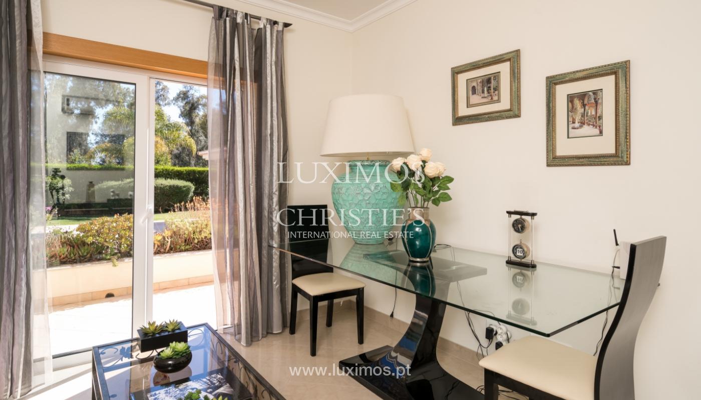 Sale of luxury villa with pool in Alvor, Algarve, Portugal_102649