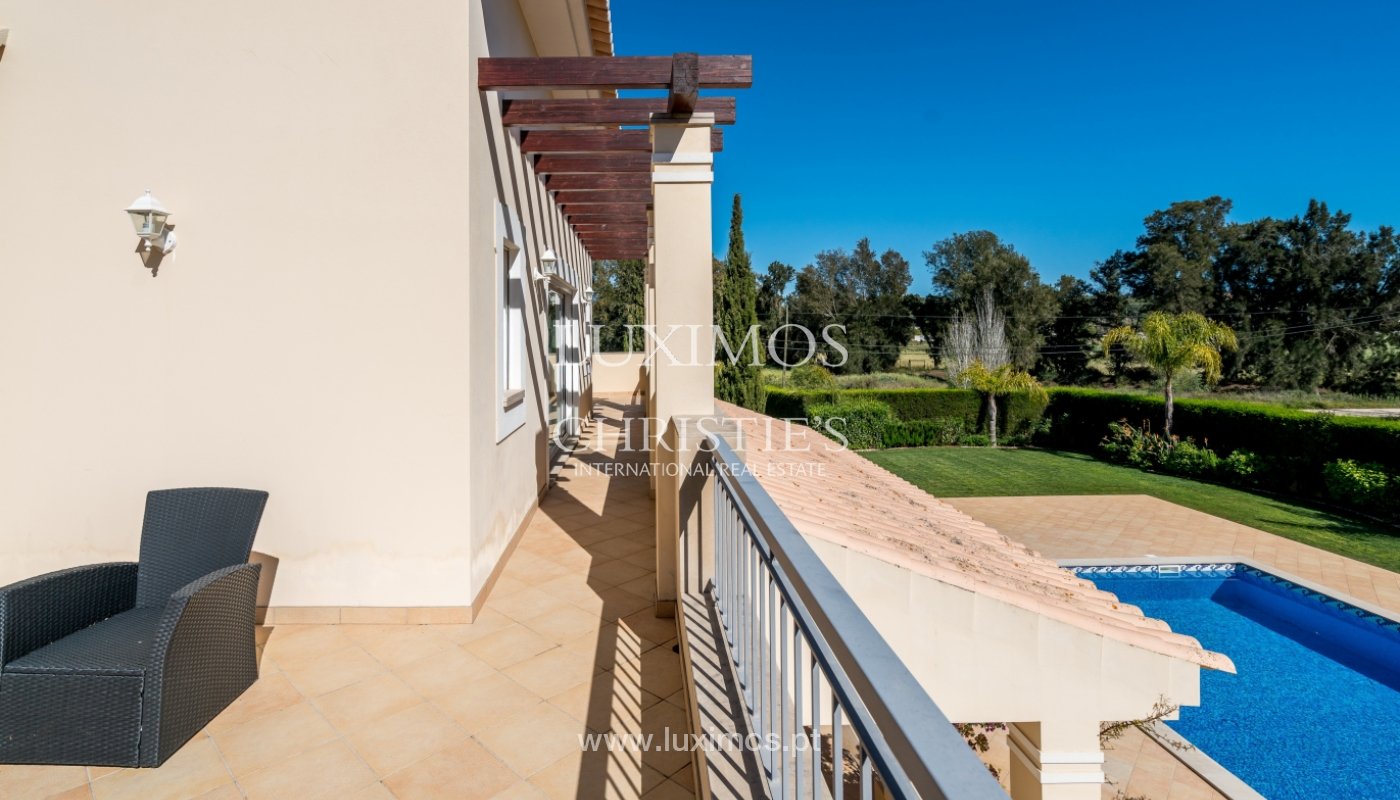 Sale of luxury villa with pool in Alvor, Algarve, Portugal_102660