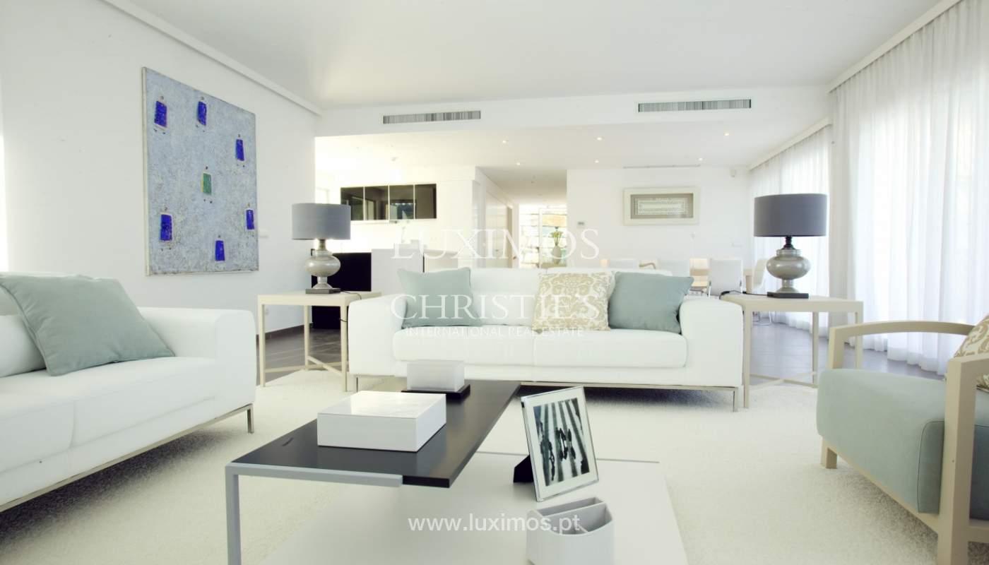 Villa à vendre au bord de la mer à Vale do Lobo, Algarve, Portugal_102928